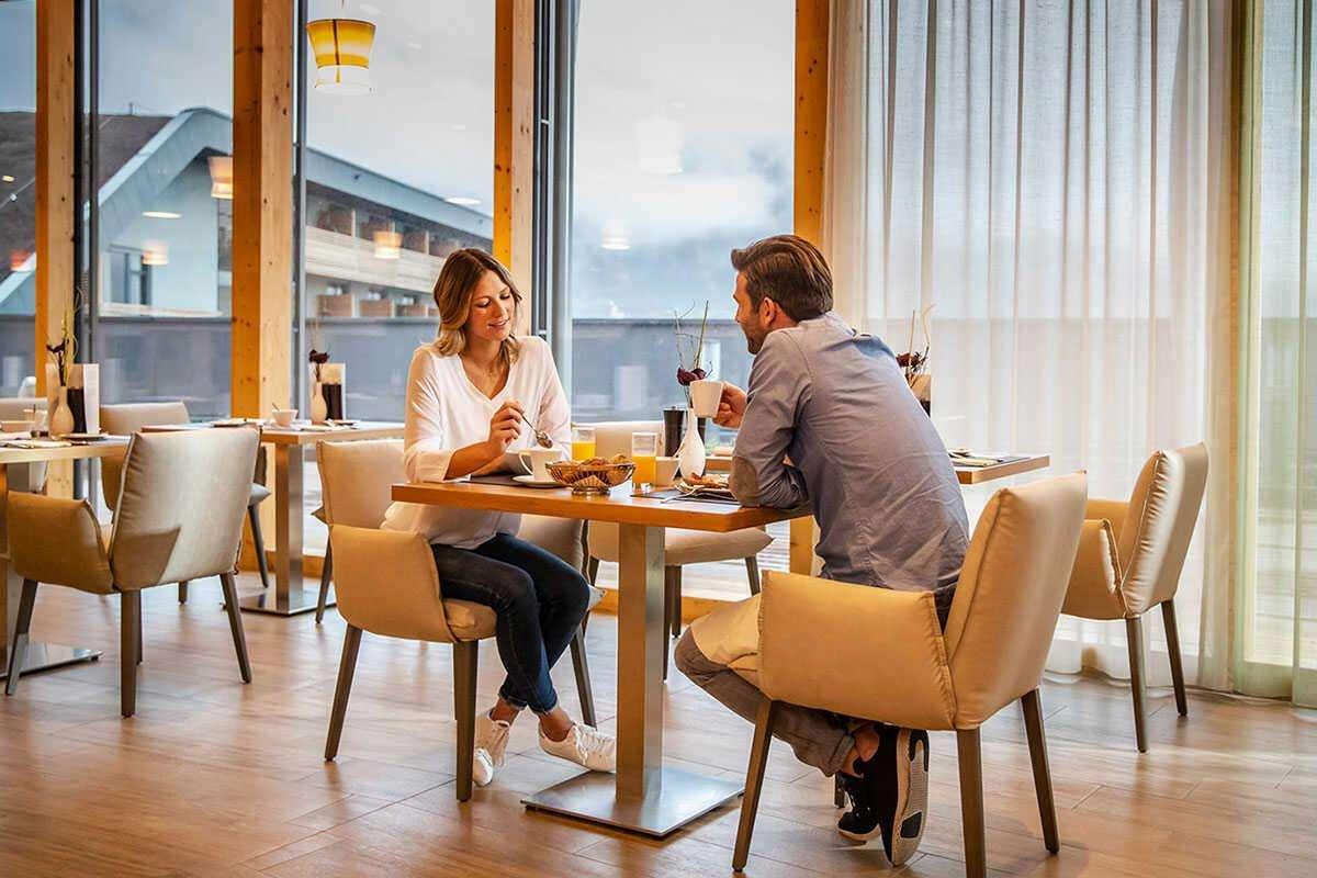 hotelrestaurant 1200x800 optimized